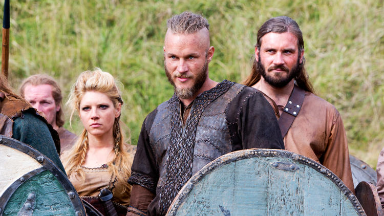 <p>Ragnar and Lagertha</p>