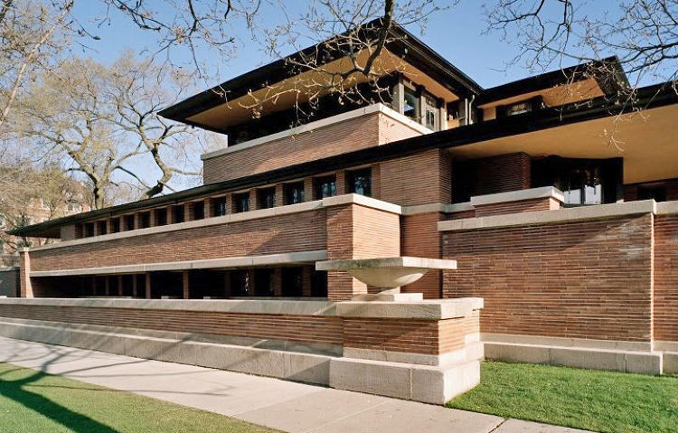 <p>Frank Lloyd Wright's Prairie-style masterpiece transformed the American home and inspired ranch houses of the mid-20th century.</p>