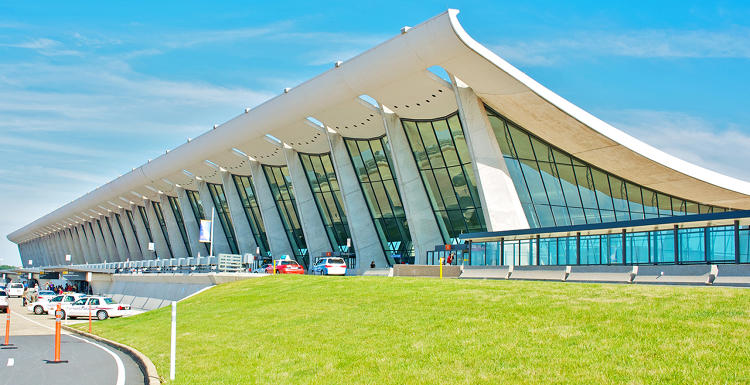 <p>Eero Saarinen designed the first airport in the world created expressly for jets.</p>