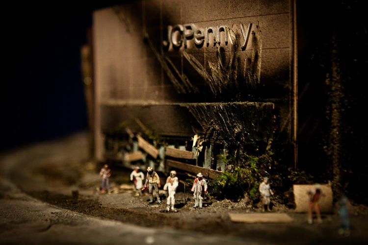<p>Big Box is a clutch of miniature dioramas in which shopping malls are depicted as post-apocalyptic ruins.</p>