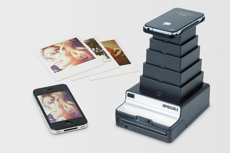 <p>An accompanying app overrides the user's brightness settings and flashes the image for a set amount of time, exposing it on the Polaroid below.</p>