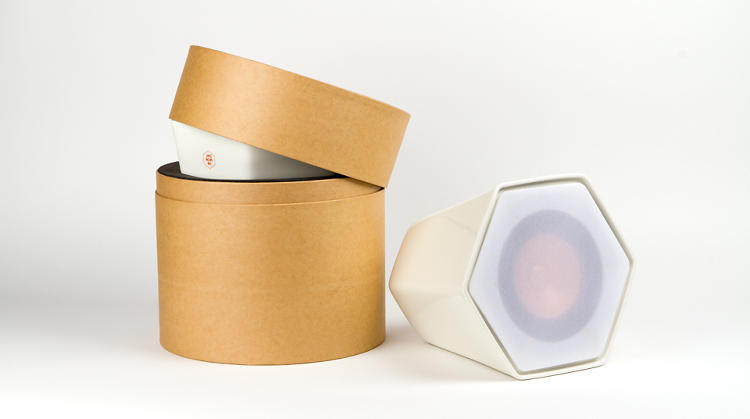 <p>Its packaging resembles a hat box.</p>