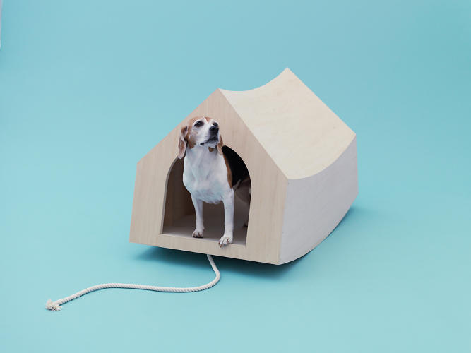 <p>MVRDV's rocker dog house responds to the dog's presence with a satisfying feedback. The rocker bottom allows has less friction with the ground, so it can be dragged by the attached rope.</p>