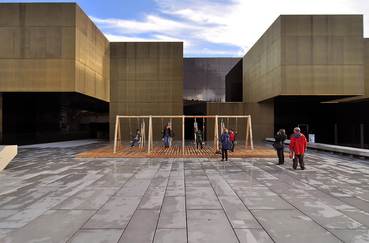 <p>The artists created the installation, powered by a simple machine, as an homage to the city's industrial roots.</p>