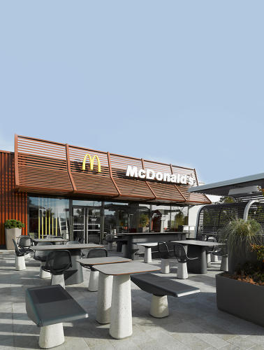 <p>Patrick Norguet, in association with Alias, designed a new set of modular patio furniture for McDonald's France.</p>
