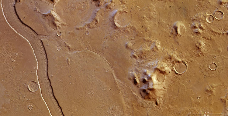 <p>The Reull Vallis, a &quot;river-like&quot; channel that scientists believe may have been formed by running water.</p>