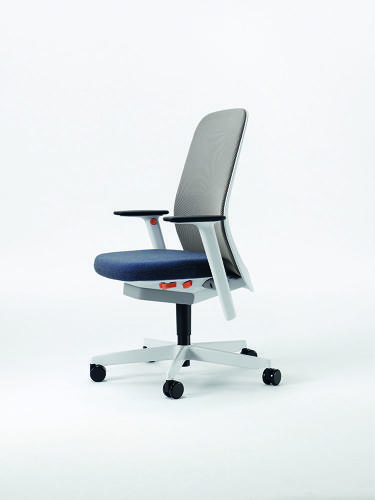 <p>The main aim was to create something closer to a chair than an intimidating, adjustment-strewn sitting machine.</p>