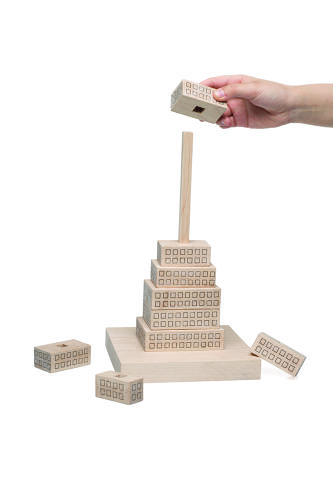 <p>Gonzalo Ciulizza's Stacking Skyscraper was inspired by looking up at the NYC skyline from below.</p>