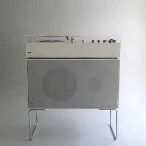 <p>Braun Audio 1 / Braun L 60-4 (Dieter Rams, 1962/1964). When Gillette purchased the company with worldwide razor domination in mind, audio took a backseat.</p>