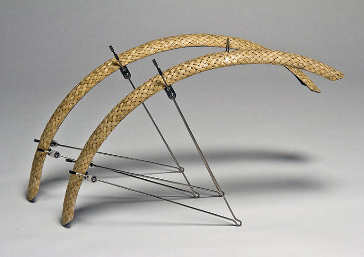 <p>Handwoven bamboo fenders made by HEROBike fit most full-size bikes.</p>