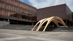 Students' Bent Plywood Pavilion Puts The Eameses To Shame
