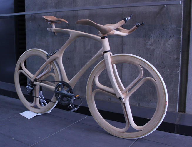 <p>This beautiful, wooden bike was designed and built by Yojiro Oshima.</p>