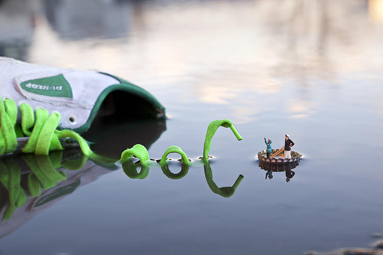 "<p>For his ""Little People"" series, the artist Slinkachu creates landscapes confronting tiny, realistic human figures.</p>"
