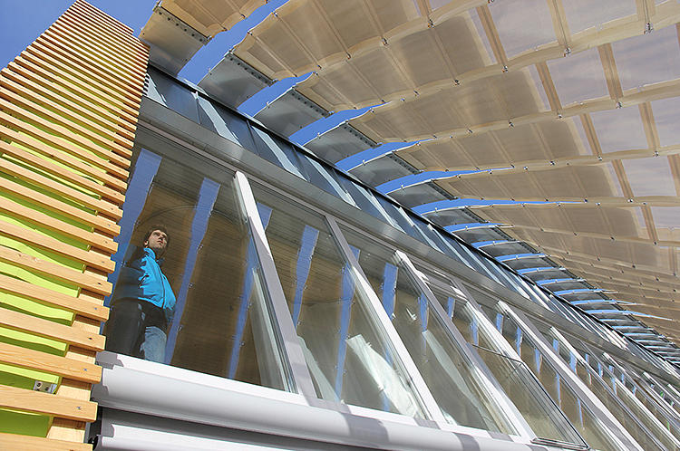<p>MIT's Soft House has an energy harvesting facade with built-in photovoltaic cells.</p>