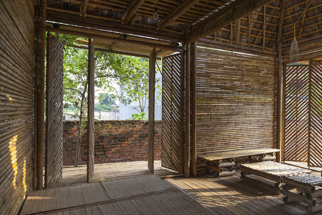 A bamboo house that weathers storms co design business for Interior design in vietnam