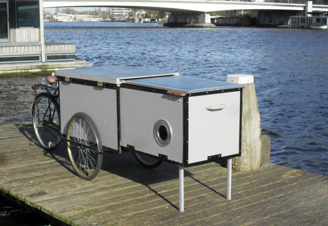 Small Personal Shelters : This cargo bike hides a tiny homeless shelter co exist