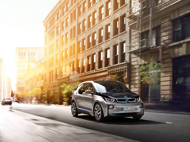 <p>The car's features, which include a compact size that's easy to park, a relatively short-range but quick recharging battery, and passenger-side exiting for drivers, indicate that the German car giant is going straight for the world's well-heeled city dwellers.</p>