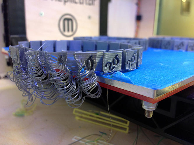<p>Keep scrolling to see more 3-D printing fails.</p>