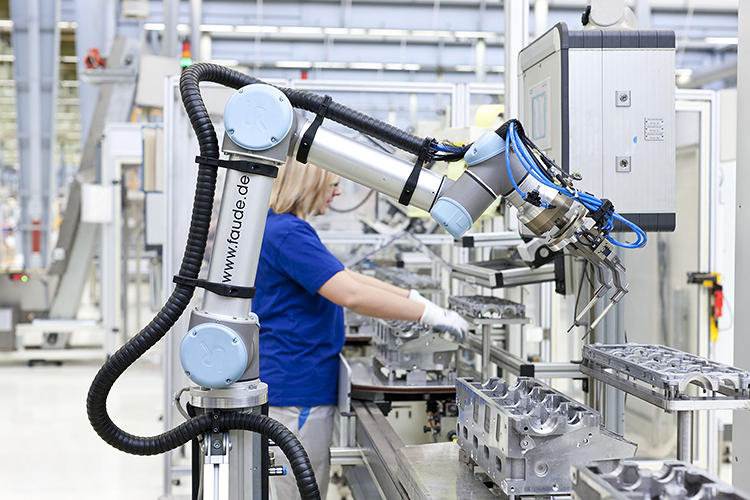 <p>The lightweight robotic arm is the first for the company that won't sit in a cage.</p>