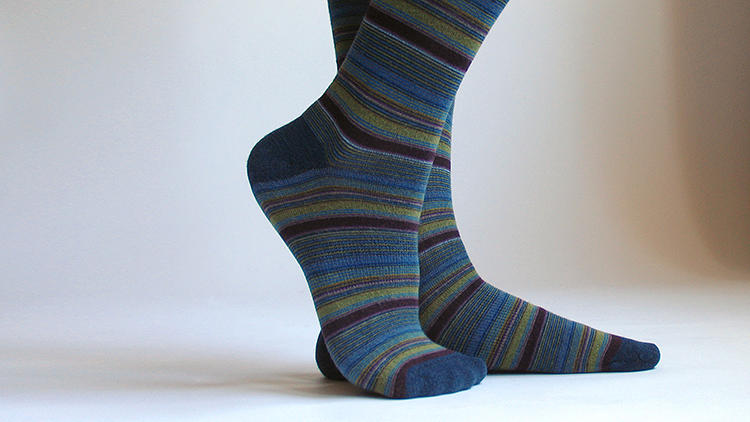 <p>XOAB's secret sauce is an algorithm that will optimize a sock design within seconds for maximum comfort and stretchiness.</p>