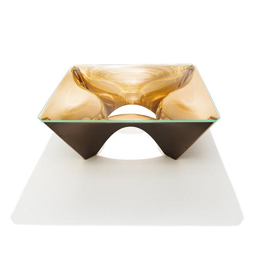 <p>Here, the reflective Corona bronze table. <strong>The Washington Collection will be available through <a href=&quot;http://www.knoll.com/design-plan/products/by-designer/adjaye&quot; target=&quot;_blank&quot;>Knoll</a> this October.</strong></p>