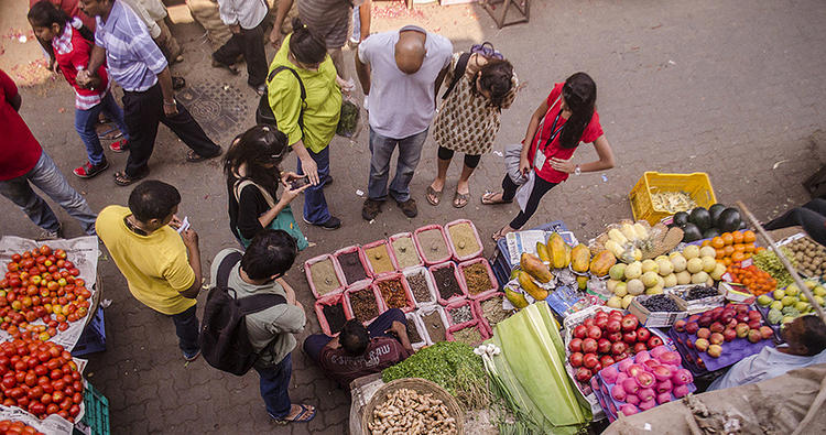 <p>Local Food: Lab visitors joined local experts in small groups around the city to explore Mumbai's local spice trails in distinct neighborhoods.</p>