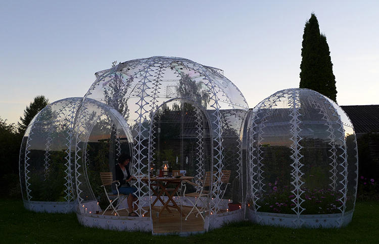 <p>Architect Simon Hjermind Jensen has developed a system of Invisible Garden Houses that recall the grandeur of greenhouses past, only packaged in a contemporary scaled-down format.</p>