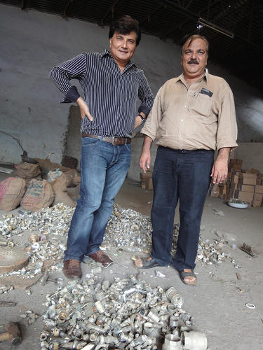 <p>The &quot;<a href=&quot;http://shanghaiscrap.com/2013/09/scenes-from-a-junkyard-planet-the-brothers-scrap/&quot; target=&quot;_blank&quot;>families of scrap&quot;:</a> two brothers who run a sizable brass recycling business in Jamnagar, India.</p>