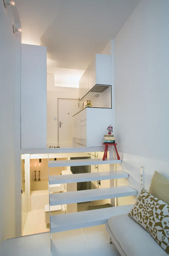 <p>At less than seven feet wide, this apartment in Madrid is skinnier than a typical parking space.</p>