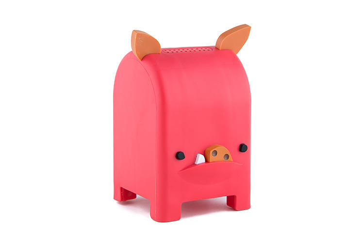 "<p><strong>Toymail ($50)</strong><br /> &quot;We didn't want to create another toy that puts a kid in front of a screen,"" said the creators of Toymail, a charming line of animals that work as a messaging service for children. Connecting to the Internet via Wi-Fi, the animals will oink or grunt before delivering a voice message to a child--maybe from a grandparent? [<a href=&quot;http://www.fastcodesign.com/3022072/wanted/send-your-kid-a-message-by-making-this-pig-talk&quot; target=&quot;_self&quot;>Link</a>]</p>"
