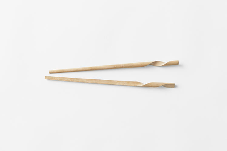 <p>Japanese design team Nendo gave it a try, and came up with two new chopstick designs.</p>