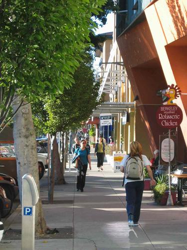 <p>The city of Berkeley, just up the San Francisco Bay, provides a good example of a comfortably walkable commercial block.</p>