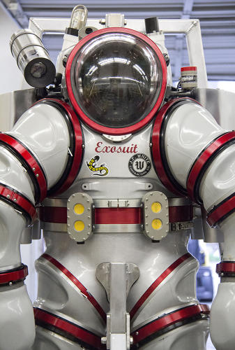 <p>This suit will take one diver on a trip that no person had ever taken before.</p>
