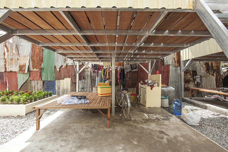 <p>Its efforts focus on slum dwellers in developing nations, where the organization can construct small, shed-like homes on stilts for $2,500.</p>