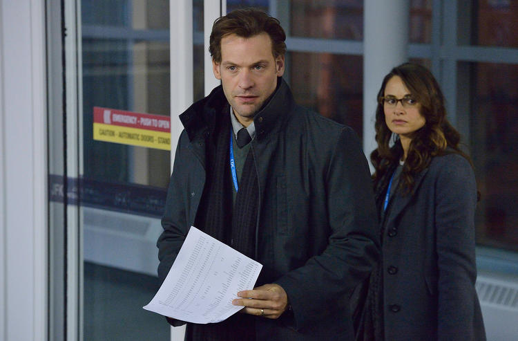 <p>Corey Stoll as Dr. Ephraim Goodweather and Mia Maestro as Dr. Nora Martinez on the FX series &quot;The Strain&quot;</p>