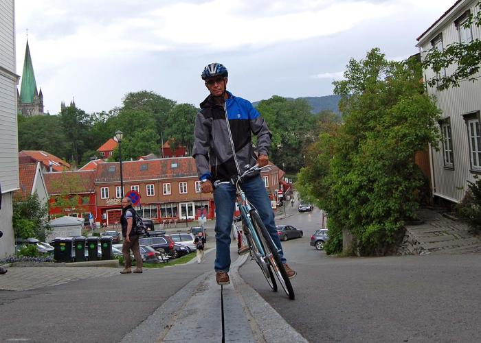 <p>But as Treehugger points out, the hill is exceptionally steep (18%), and Trondheimers claim it encourages cycling.</p>