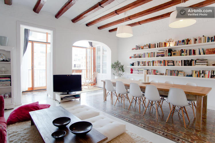 12 Of The Coolest Modern Houses You Can Rent On Airbnb