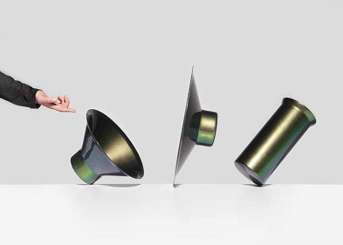 <p><em>Ostinati</em> is a family of gravity-defying containers. Designed by Iris Andreadis, Nicolas Nahornyj, and Jérôme Rütsche</p>