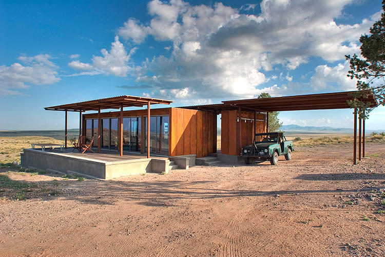 The world 39 s coolest prefab houses co design business for Best looking houses