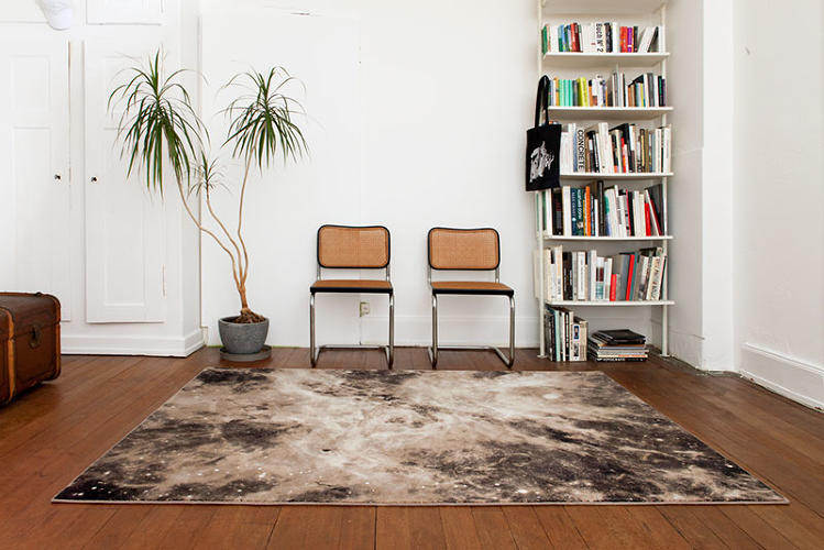 <p>Swiss design studio Schönstaub has created a line of exquisite carpets.</p>