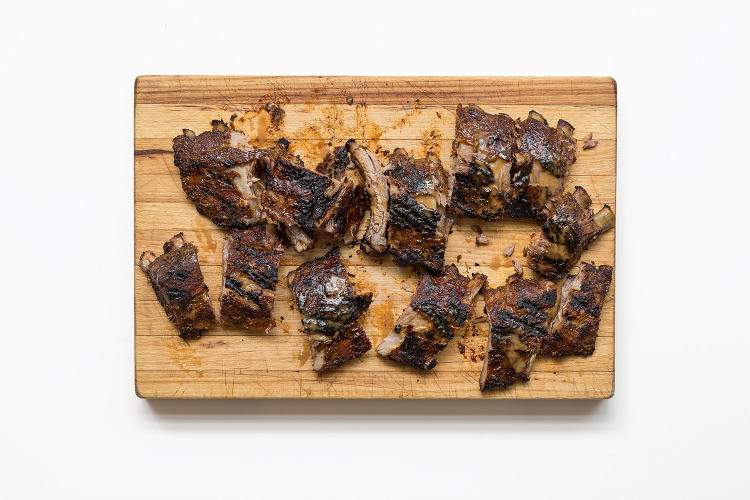 <p>Fennel-Spiced Ribs with Tangy Apple-Mustard Barbecue Sauce</p>