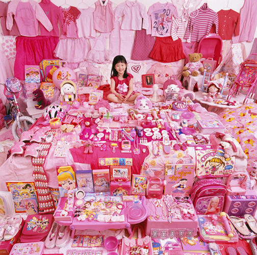 <p>For the last nine years, Yoon has been photographing toddlers surrounded by their &quot;favorite&quot; colors--little girls, dressed in pink, blending in with a sea of pink Hello Kitty and princess gear, and little boys in rooms filled with blue Legos and trains.</p>