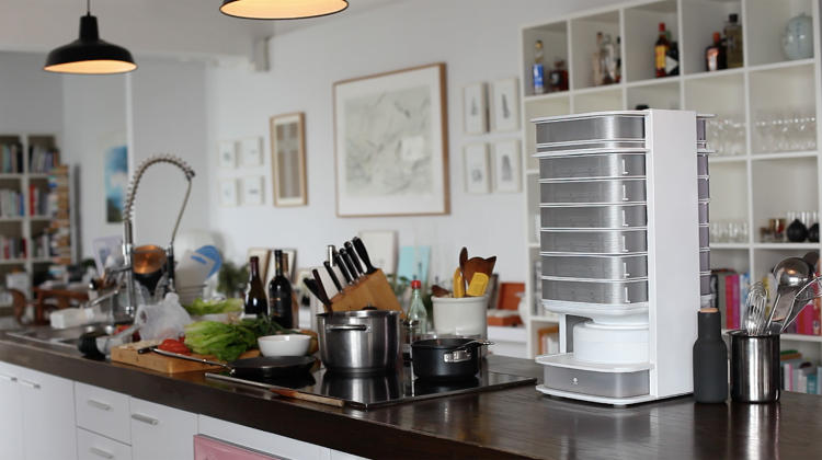 <p>Unlike the kitchen-scale gadgets that some people are starting to use to grow vegetables, the hive can grow enough food to supply several meals a week; someone can harvest between 200-500 grams of mealworms a week, enough to replace traditional meat in four or five dishes.</p>