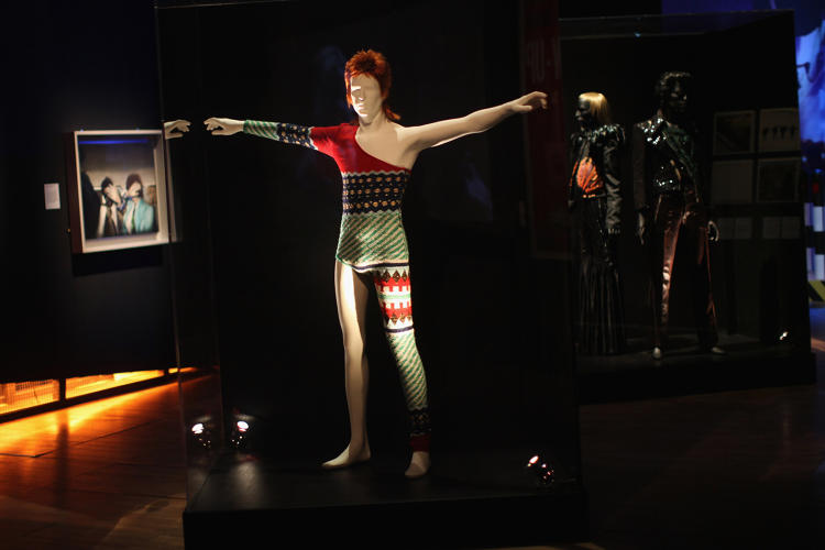 <p>Bowie wore a few of Kansai Yamamoto's kimonos, but this bodysuit knit for Bowie for his <em>Aladdin Sane</em> tour is perhaps the duo's most iconic collaboration.</p>