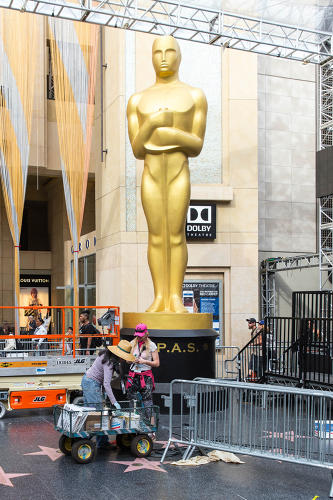 <p>Construction surrounds the giant Oscar that towers over the Walk of Fame and will greet nominees at the Dolby Theatre entrance.</p>