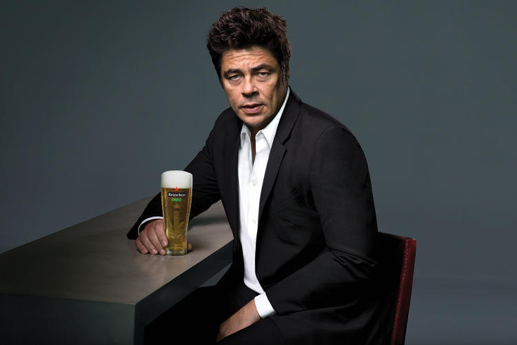 Benicio Del Toro Is Not Antonio Banderas In This New ...