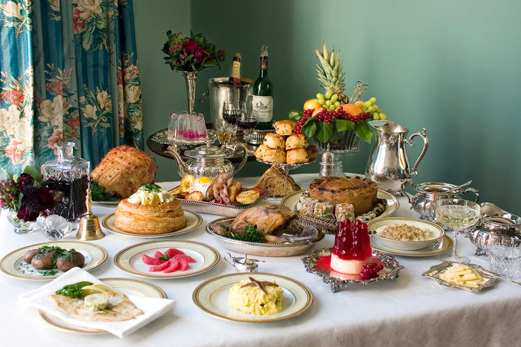<p>A catered 12-course Victorian-themed breakfast, complete with their signature jellies.</p>