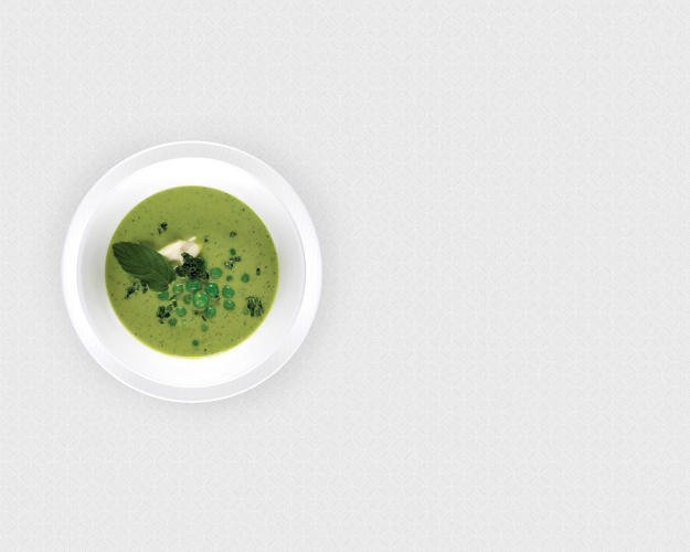<p>Pea and mint soup—Qatar</p>
