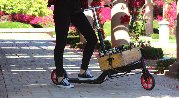 <p>Unlike a cargo bike, which is suited for longer distances, founder Alix Armour thinks a scooter is ideal for running errands in a crowded neighborhood.</p>