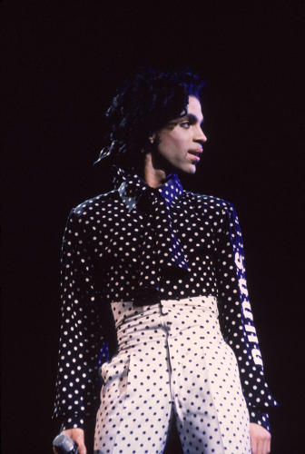 <p>For his 1988 <em>Lovesexy</em> tour, Prince donned a white polka dot suit, black polka dot shirt and polka dot high heels.</p>